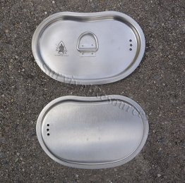 Showing the top and the bottom of the lid.