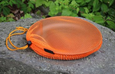 Included mesh bag.